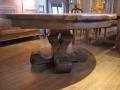 59 Table ronde en vieux chêne à rallonge