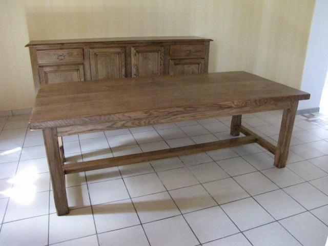 table de ferme en ch ne eb nisterie brune. Black Bedroom Furniture Sets. Home Design Ideas